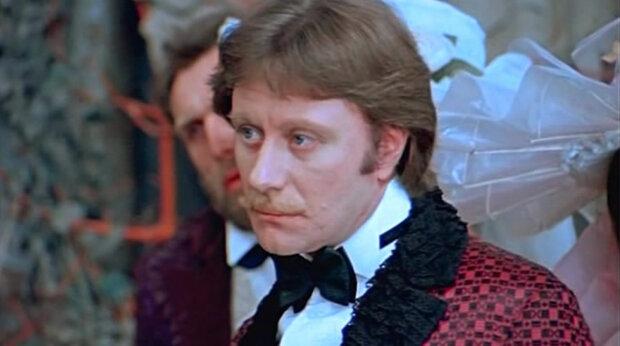 Андрей Миронов, кадр из видео