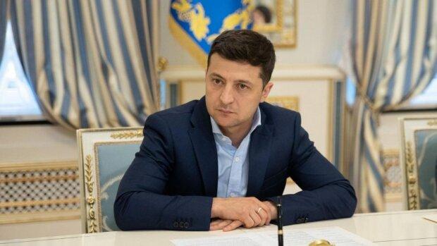 Він це зробив: Зеленський підписав закони, які українці чекали роками