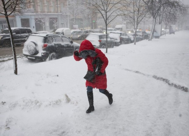 Погода испытает украинцев на прочность в Старый Новый год: шквальный ветер и противная слякоть