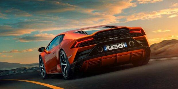 Lamborghini, Lamborghini.com