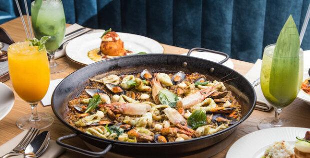 Отправься в Испанию вместе с Педаном: традиционный рецепт вкуснейшей паэльи от телеведущего