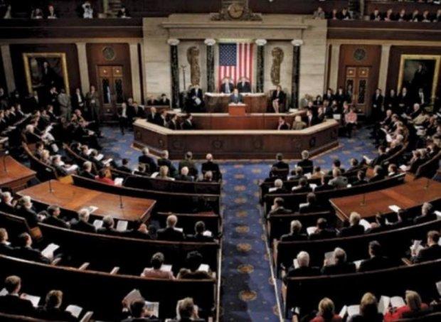 Конгрес вимагає у Обами надати Україні летальну зброю