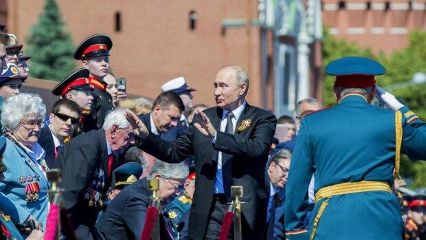 """Путін на """"параді"""", фото: radiosvoboda.org"""
