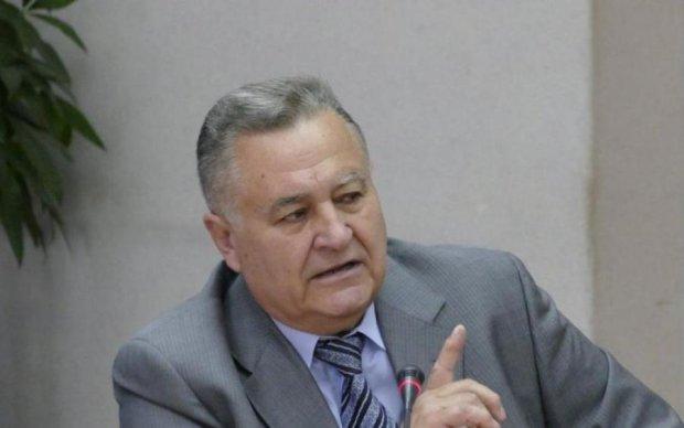 Марчук пояснив, чому у Порошенка забули про статус Донбасу