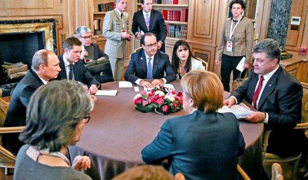 """""""Нормандська зустріч"""": Порошенко пояснив, чого Україна вимагатиме від Путіна"""
