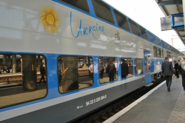 Поезд Укрзализныци, фото uz.gov.ua