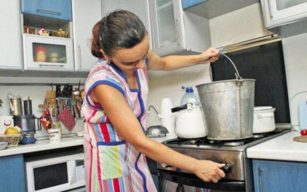Киянам дадуть гарячу воду на день народження Нельсона Мандели