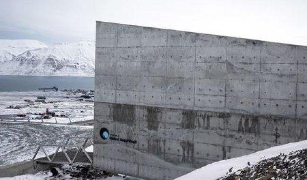 На случай Апокалипсиса в Арктике построили хранилище семян (видео)