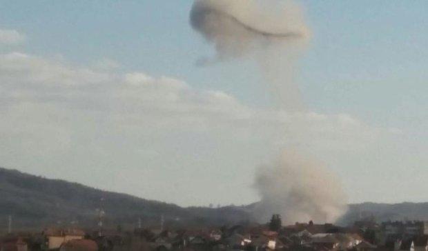 Обнародованы снимки взрывов на военном заводе в Сербии