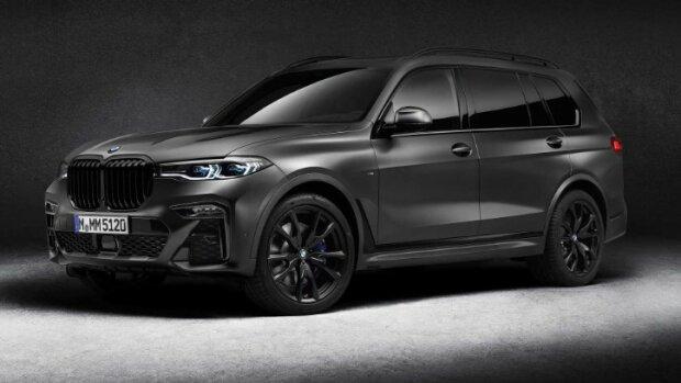 BMW X7 Dark Shadow Edition, фото из свободных источников