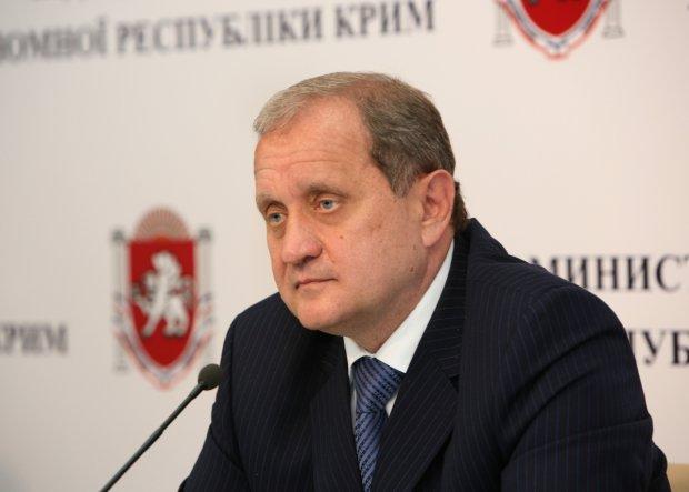 Анатолій Могильов викликав екс-секретаря Радбезу на телевізійну дуель щодо Криму