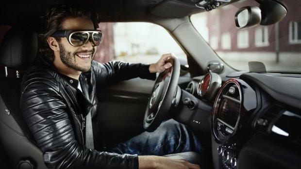 Xiaomi випустила спеціальні окуляри для водіїв  у чому їхня «фішка»   Яндекс.Новини 16950c0b045fa