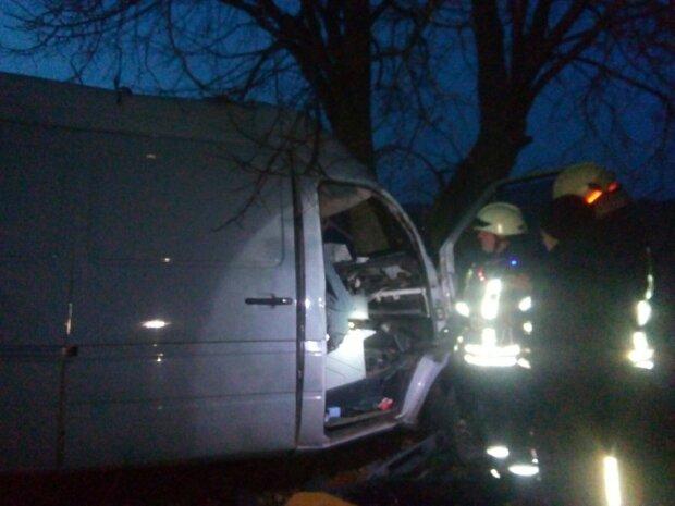 На Київщині смертельна ДТП підняла на вуха ДСНС: серед загиблих виявився рятувальник-вогнеборець
