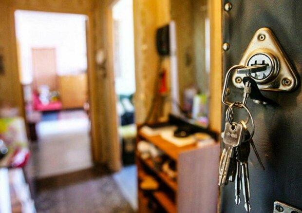 Киевлянка стала жертвой аферы на 3,7 миллиона и оказалась на улице: схема старая, как мир