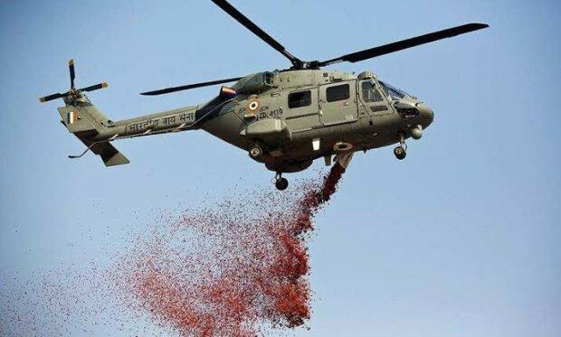 Вертолет с розами