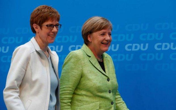 """Канцлер Німеччини назвала наступницю: що потрібно знати про """"міні-Меркель"""""""