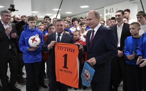 Это будет ядерный позор: браваду Путина жестко обломали в сети