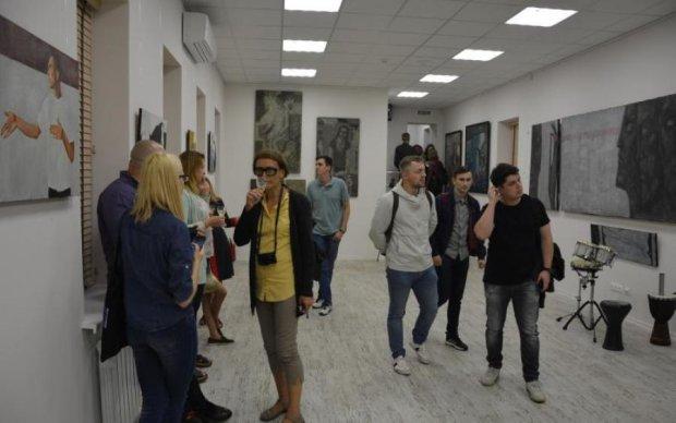 """Культурологическое пространство """"Трансформер"""" собрало много поклонников современного искусства"""