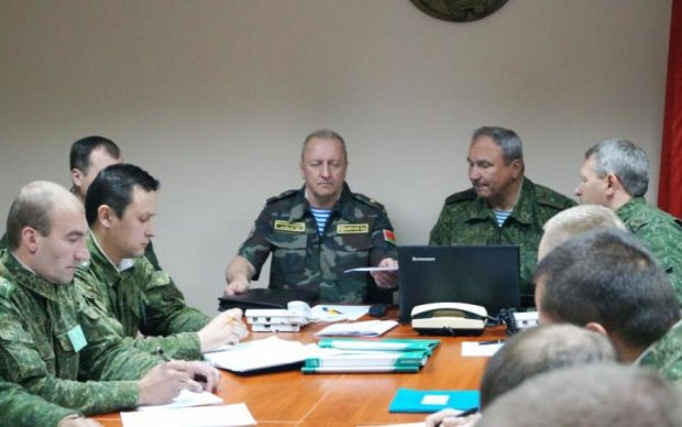 У Лукашенко объяснили, когда войска Путина уберутся из Беларуси