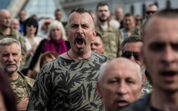 У Києві відкрили сквер на честь співаючого героя України