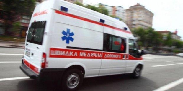 На Харьковщине молодого человека похоронило заживо