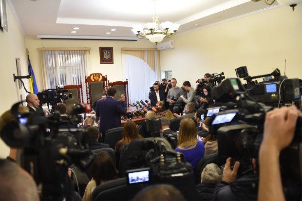 НАБУ проводить обшук скандального Окружного адмінсуду в Києві: перші подробиці та відео