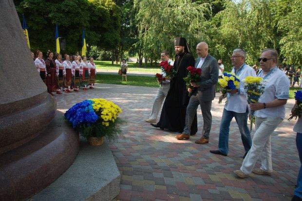 День Конституции 2019: история праздника, выходные, как Украина отдыхает
