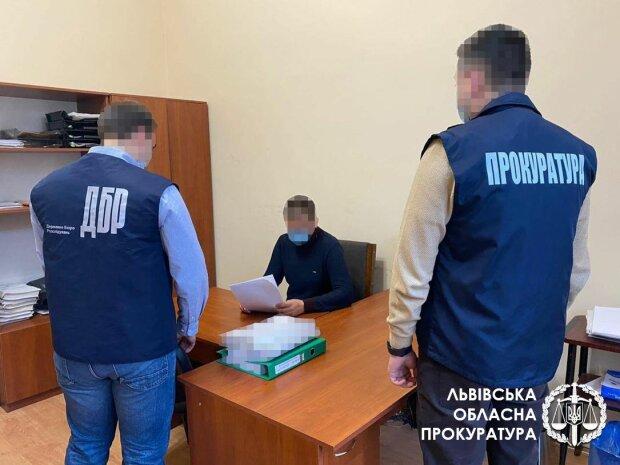 Правоохоронці / фото: Львівська облпрокуратура