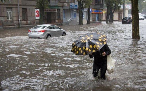 Погода на червень: українцям загрожує біблійний потоп