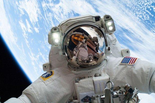 В сеть слили неизвестные кадры с первого полета на Луну: в NASA удивились, это меняет все