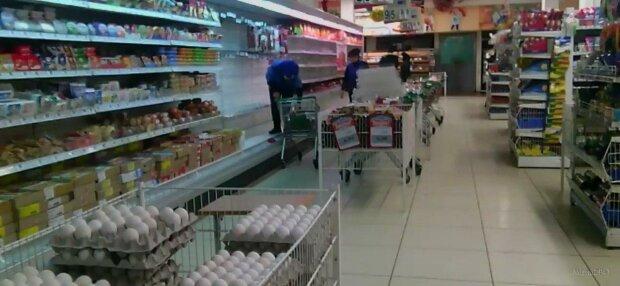 У Запоріжжі супермаркет попався на мерзенній схемі - не знижки, а мишоловка