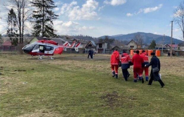 Евакуація до лікарні, facebook.com/maks.kozytskyy
