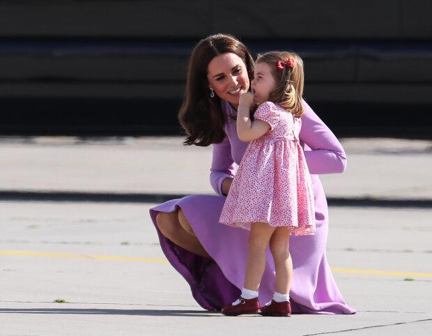 Кейт Міддлтон і донька Шарлотта, Goss.ie