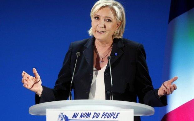 Європарламент назвав збитки від прокремлівської Ле Пен
