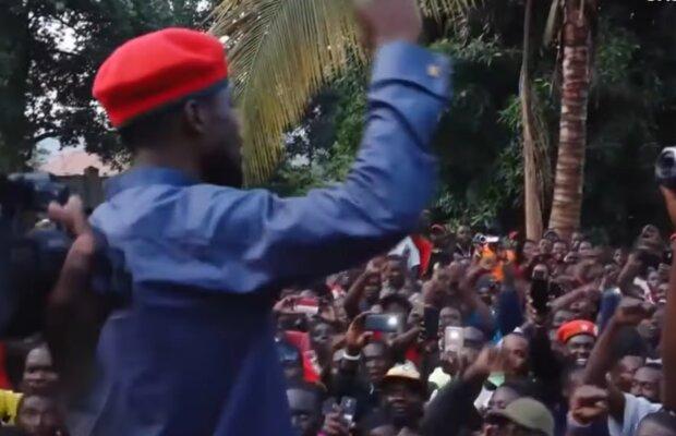 Бобби Вайн, кадр из видео