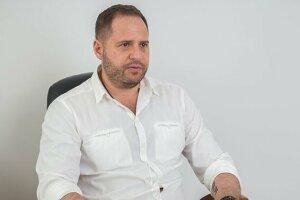 Андрей Ермак: биография и досье, politeka