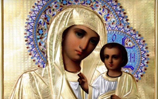 Сильные молитвы матери за сына: для жизни в достатке, крепкого здоровья и помощи ребенку