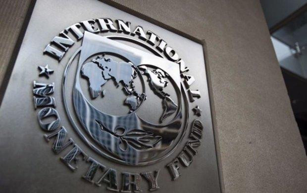 Першого траншу МВФ $5 млрд. не вистачить для поповнення золотовалютних резервів