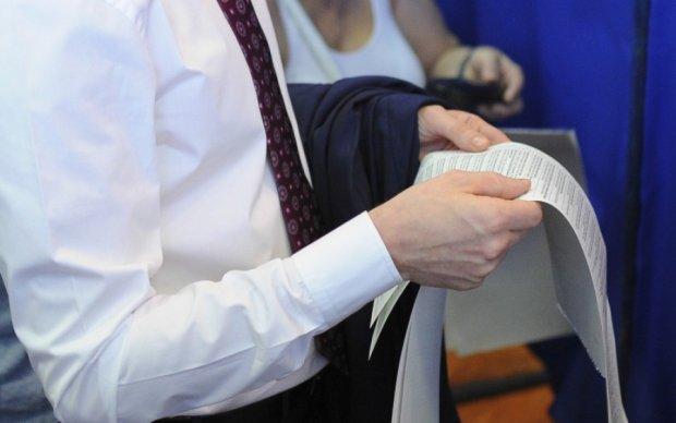 Полсотни территориальных общин Украины выбирают председателей