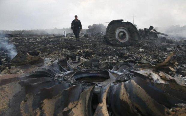 Катастрофа МН-17: ЄС і НАТО закликали Путіна до відповідальності