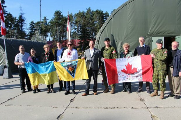 """Сапер помиляється лише один раз: львівським військовим покажуть """"майстер-клас"""" колеги із Канади"""