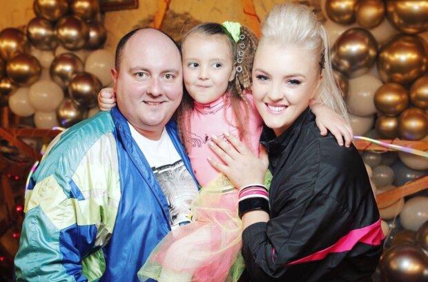 Юрий Ткач с семьей, instagram.com/viktoriya_tka4