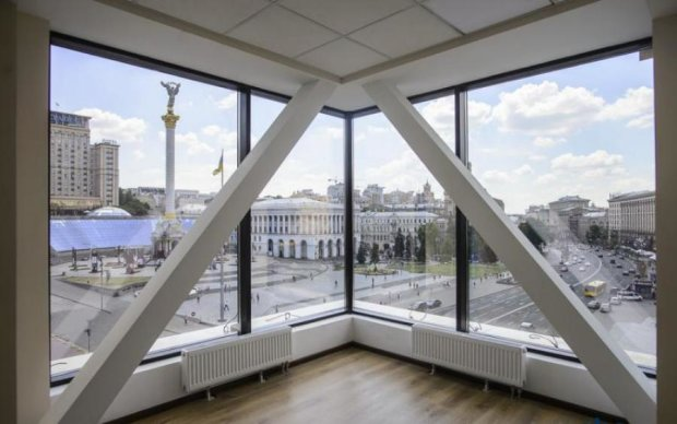 Палац зі скла і бетону: як змінився відреставрований Будинок профспілок