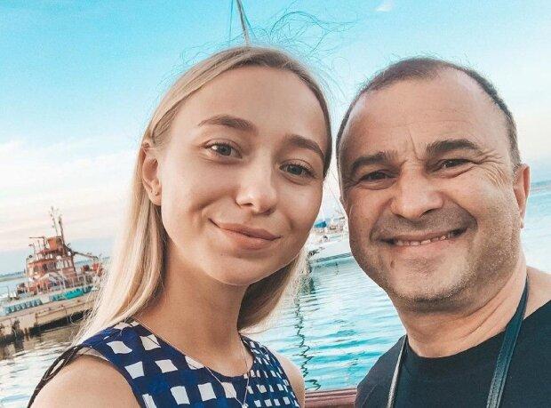 """Молодая девушка Виктора Павлика отменила свадьбу с артистом: """"Все познается в сравнении"""""""