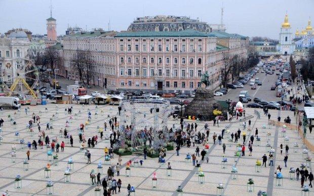 Как будут работать банки в Украине на Пасху, майские, Новый год и другие праздники: полный календарь на 2019-й