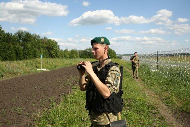 Хотів до України: під Одесою іноземець, який розшукується за вбивство, напав з ножем на прикордонника