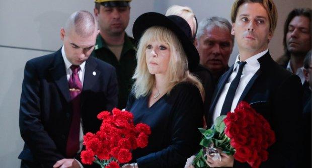Похороны Кобзона: выходка Пугачевой заставила соцсети гудеть
