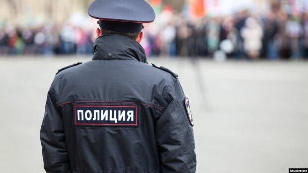 Поліцейських не дадуть в образу навіть у соцмережах: МВС буде карати за пости в Інтернеті