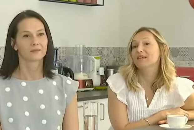 Оксана и Галина Андриив, кадр из репортажа Наши за границей: Facebook