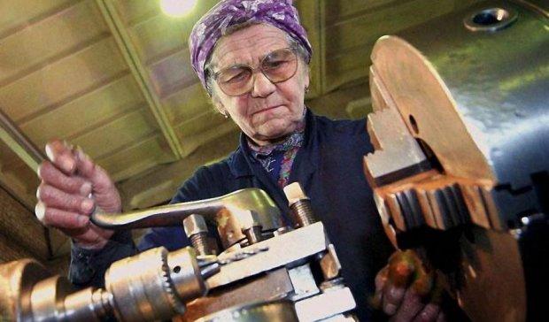 Пенсионеров лишат дополнительного заработка